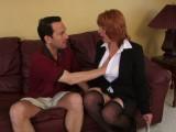 Vidéo porno mobile : Bribery of a bailiff: he fucks her to get a reprieve